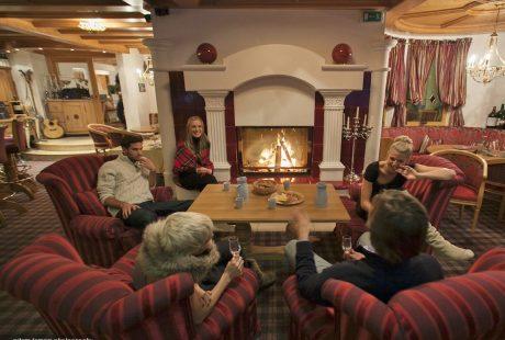 JOSK Zillertal Hintertux Hotel Tirolerhof lounge