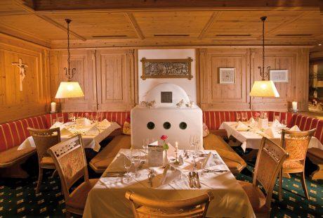 JOSK Ischgl Galtür Wirlerhof Almhof Huber Hotel restaurant stube