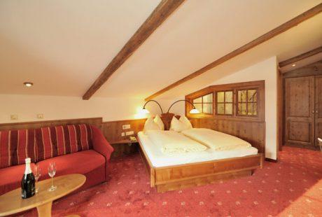 JOSK Flachau Hotel Bergzeit kamer